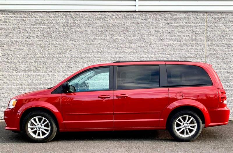 2015 Dodge  Caravan SXT/PREMIUM PLUS - DVD/STOW&am