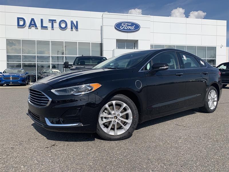 2020 Ford  Fusion Hybride Branchable Démo 15 885