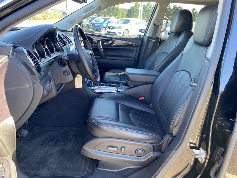 Buick Enclave 8