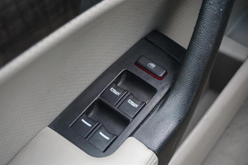 Acura 2.5 TL 10