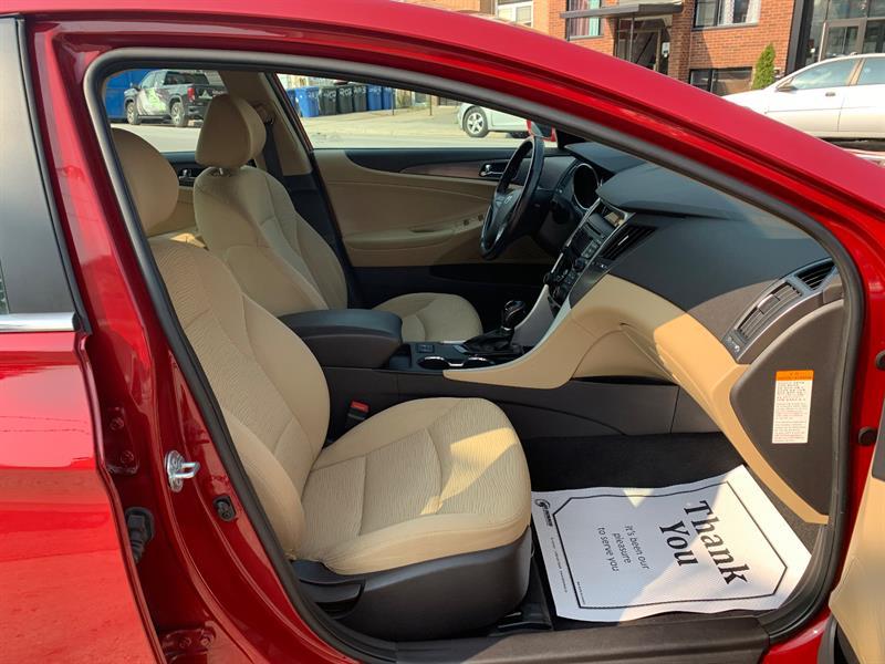 Hyundai Sonata Hybrid 12