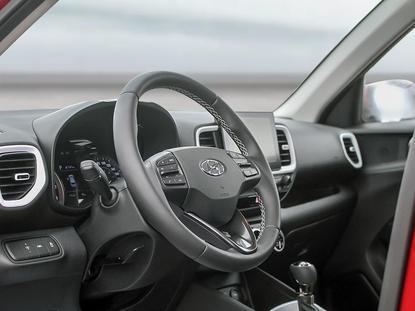 Hyundai Venue 12