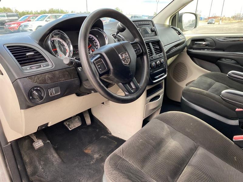 Dodge Grand Caravan 13