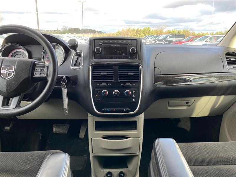 Dodge Grand Caravan 23