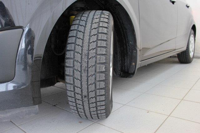 Chevrolet Sonic 27