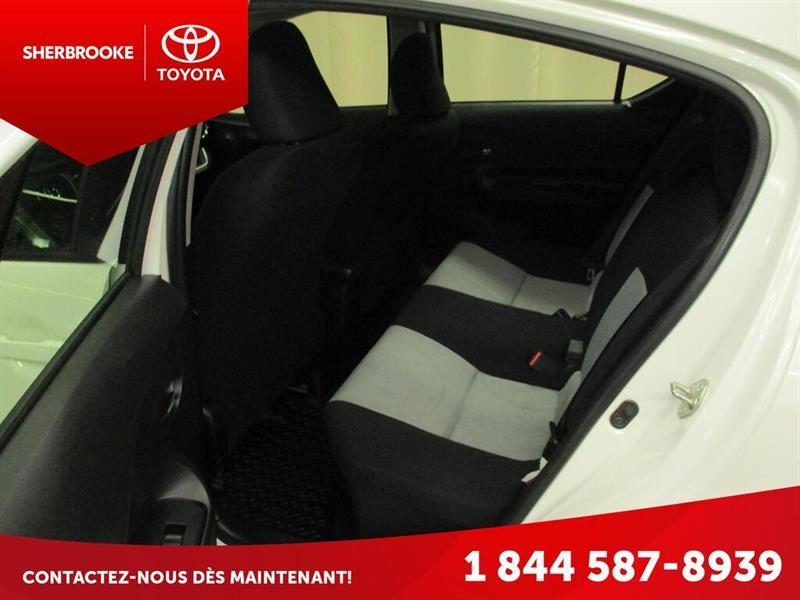 Toyota Prius C 10