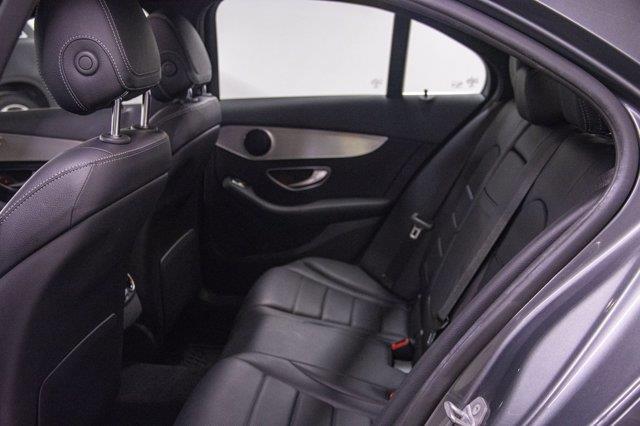 Mercedes-Benz C-Class 24