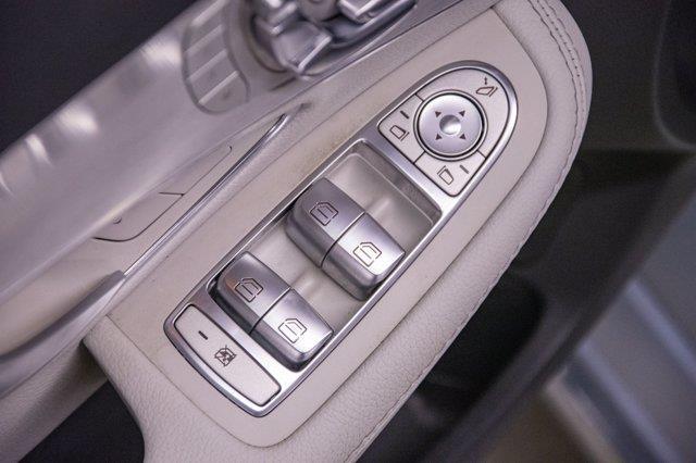 Mercedes-Benz C-Class 23