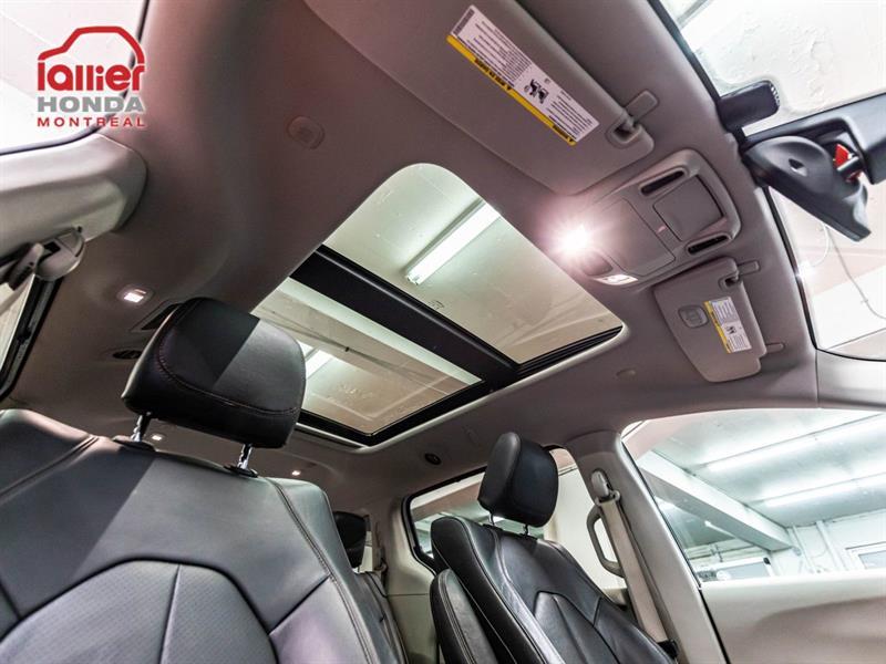 Chrysler Pacifica 5