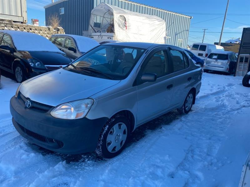 Toyota Echo 2