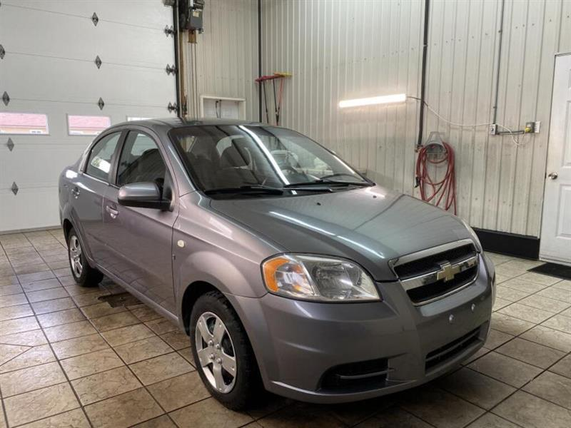 Chevrolet Aveo 4