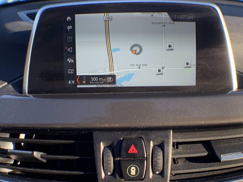 BMW X1 30
