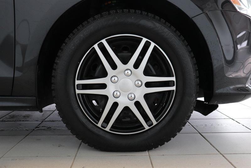 Volkswagen Jetta Sedan 28