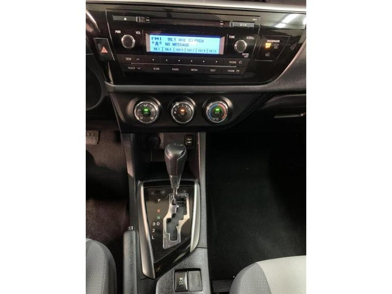 toyota Corolla 2015 - 6