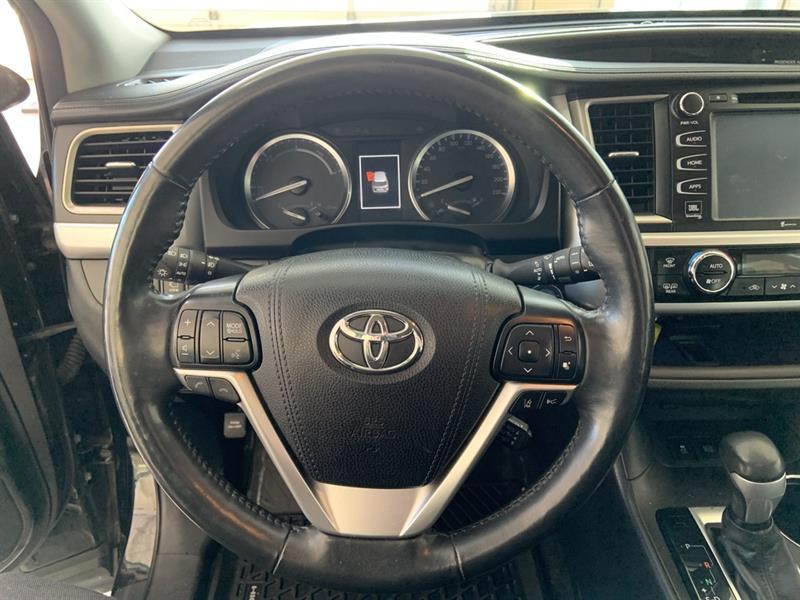 Toyota Highlander Hybrid 14