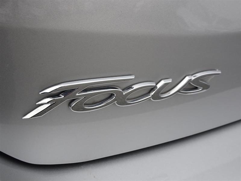 Ford Focus Hatchback 27