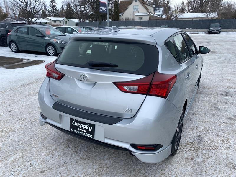 Toyota Corolla iM 8