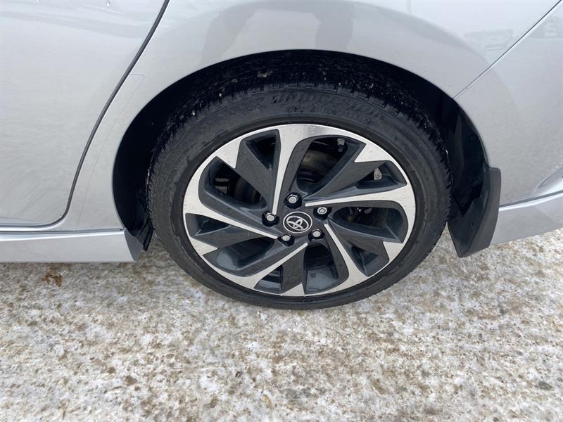 Toyota Corolla iM 15
