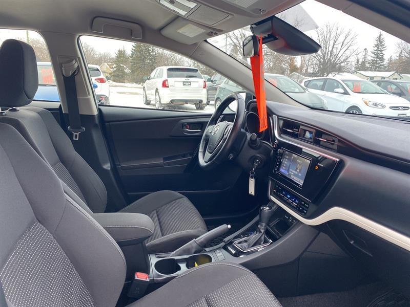 Toyota Corolla iM 24