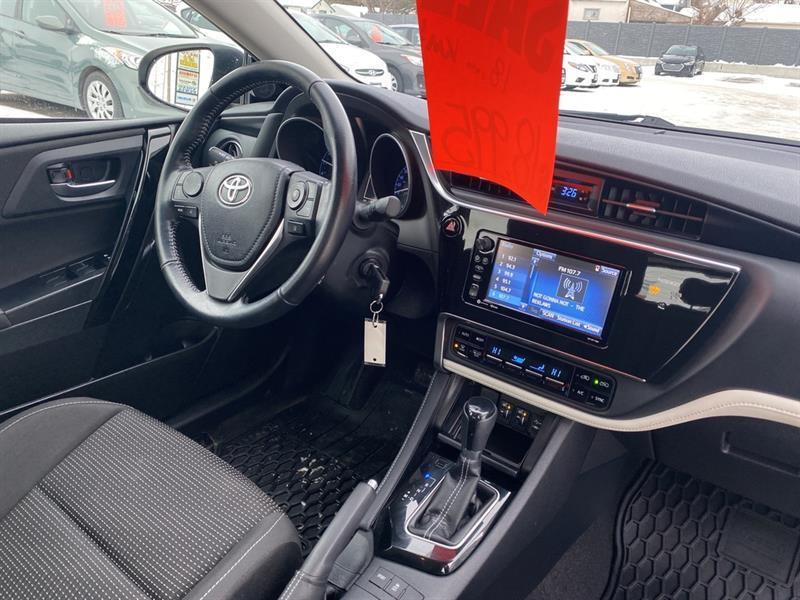 Toyota Corolla iM 25
