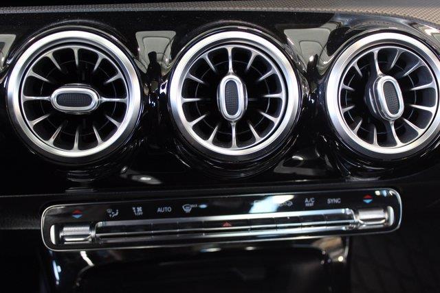 Mercedes-Benz A-Class 9