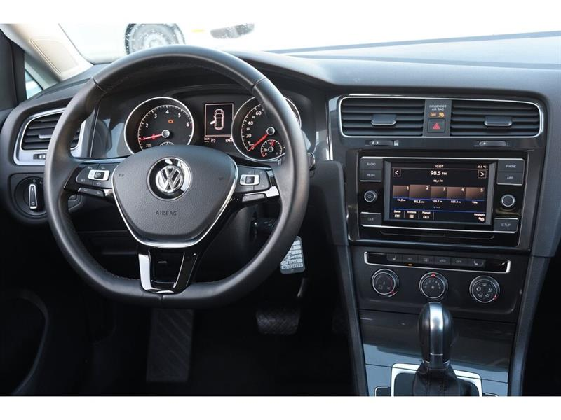 Volkswagen Golf 25