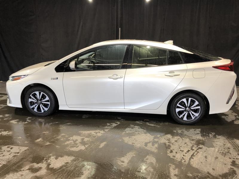toyota Prius Prime 2017 - 2