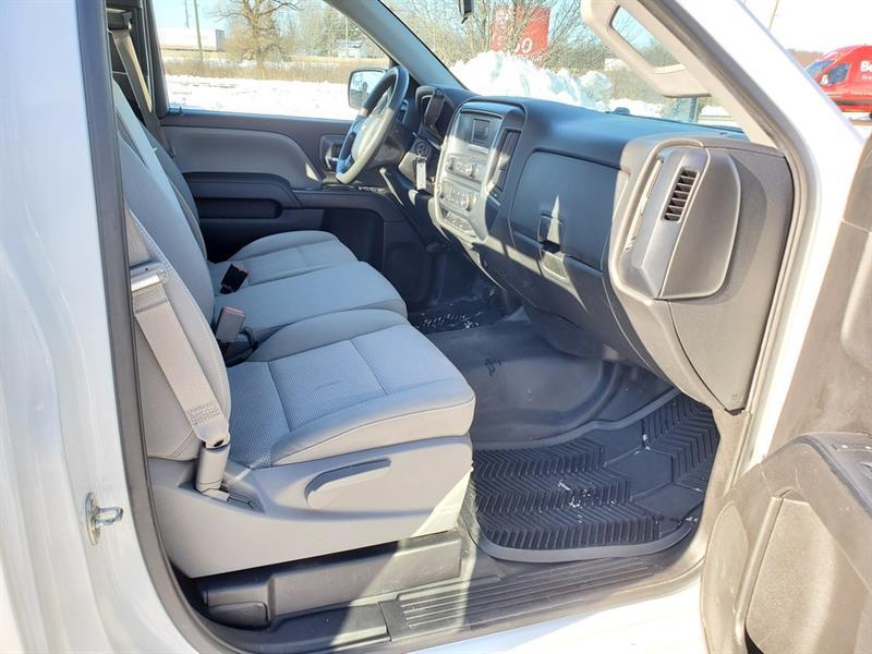 Chevrolet Silverado 23
