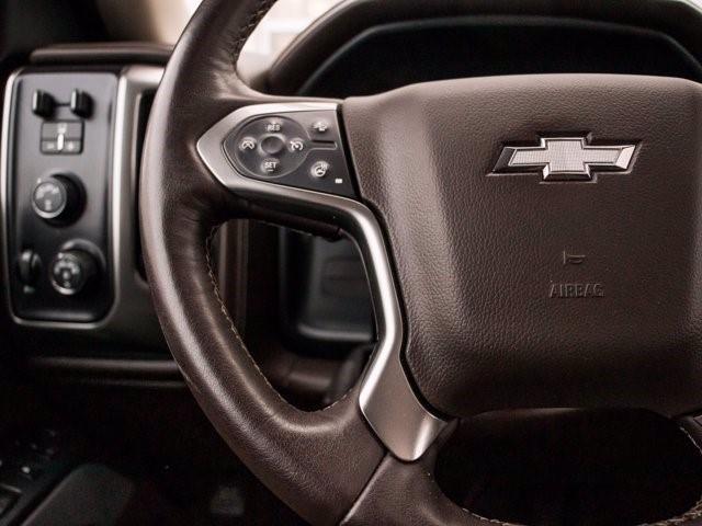 Chevrolet Silverado 25