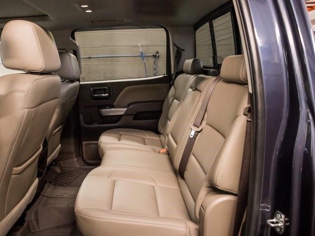 Chevrolet Silverado 28