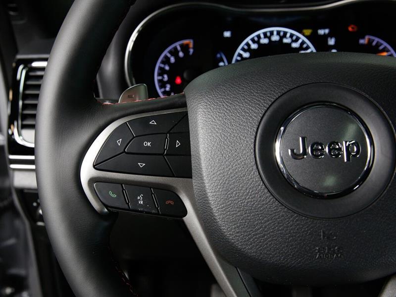 Jeep Grand Cherokee 24