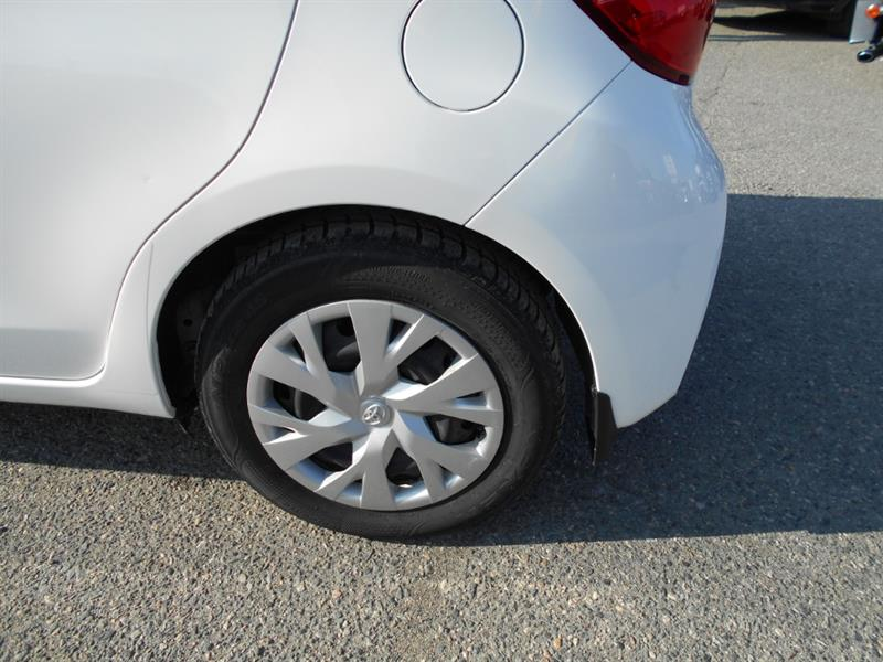 toyota Yaris Hatchback 2019 - 10
