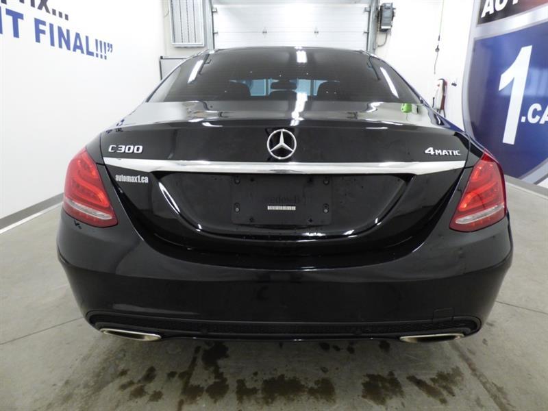 Mercedes-Benz C-Class 4