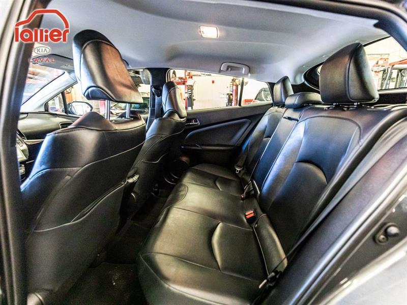 toyota Prius 2019 - 16