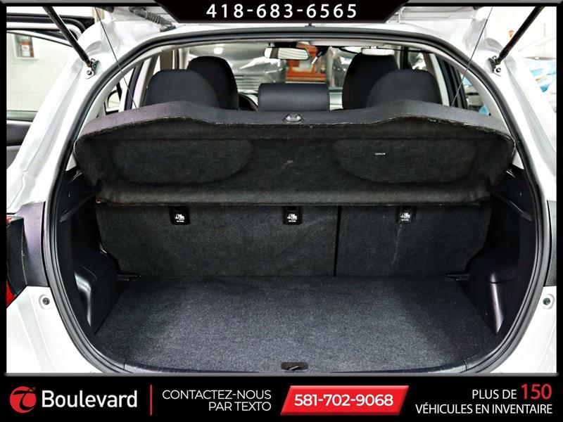 toyota Yaris Hatchback 2019 - 17