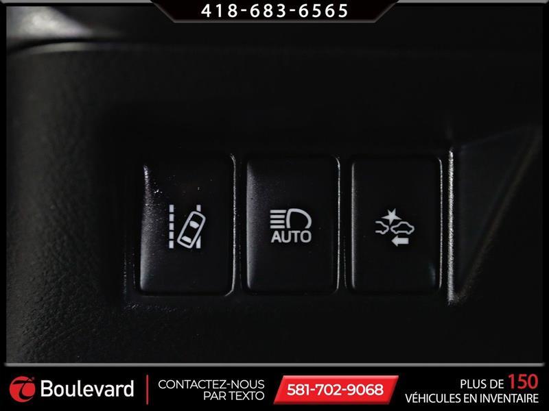 toyota Yaris Hatchback 2019 - 25