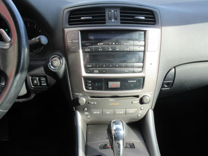 Lexus IS 250 13