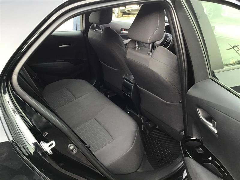 toyota Corolla Hatchback 2020 - 18