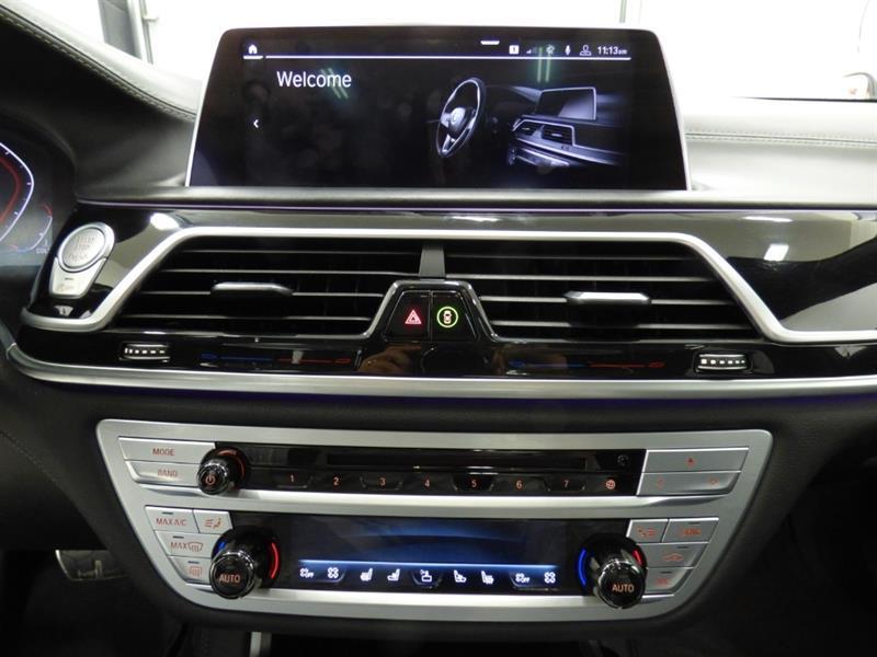 BMW 7 Series 10
