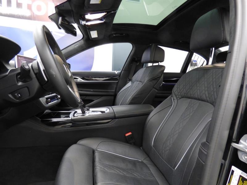 BMW 7 Series 16
