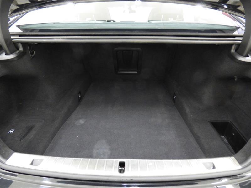 BMW 7 Series 33