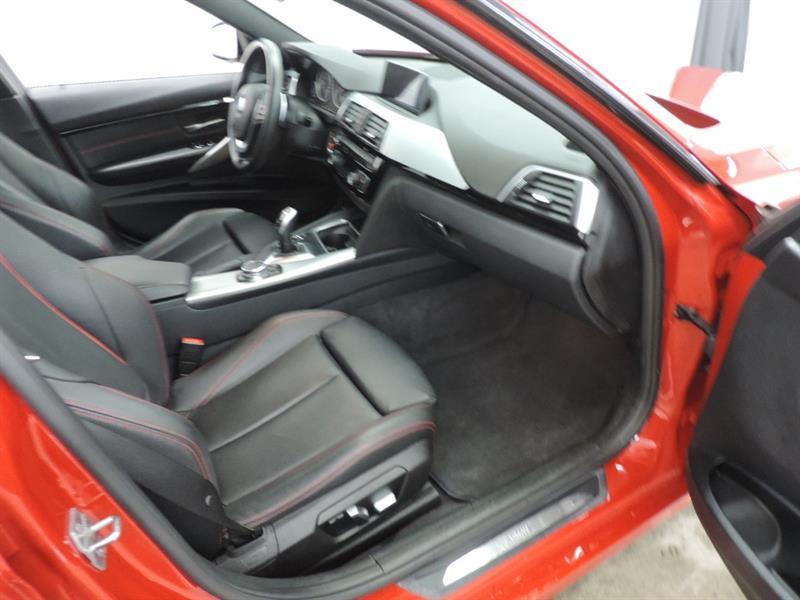 BMW 3 Series Sedan 9