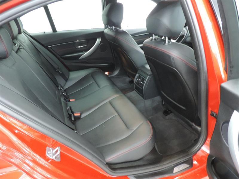 BMW 3 Series Sedan 19