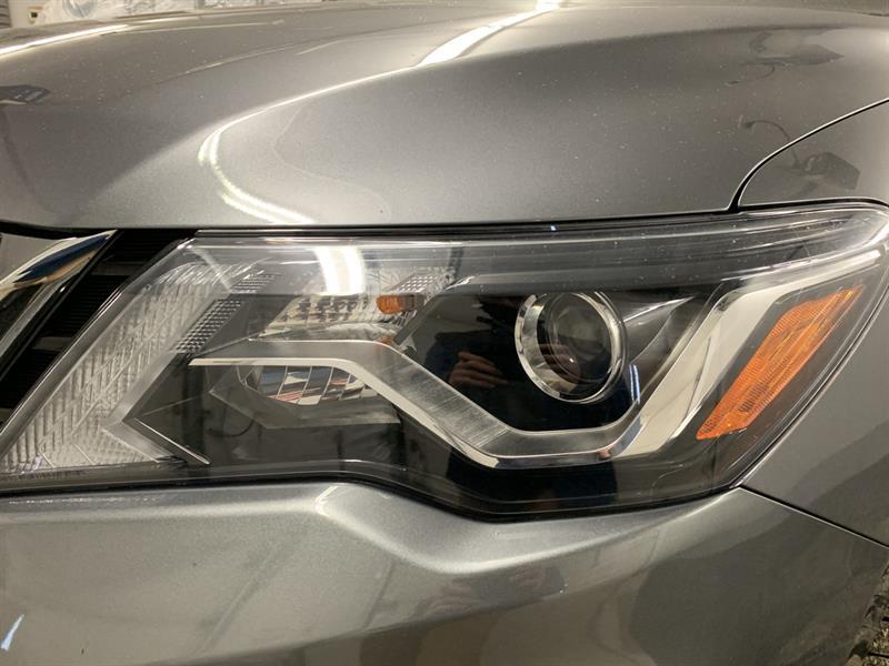 Nissan Pathfinder 25