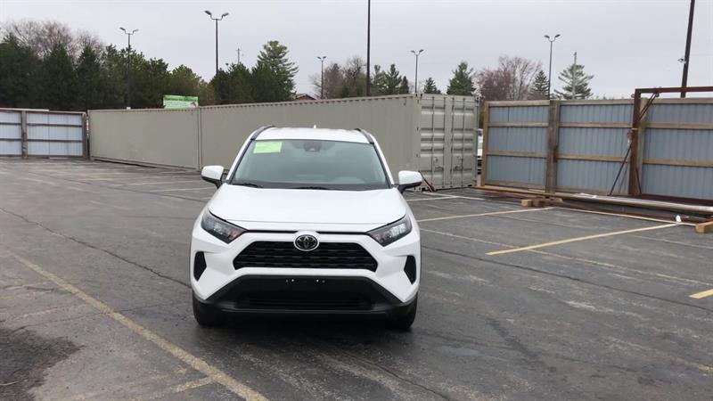toyota RAV4 LE AWD 2020 - 3