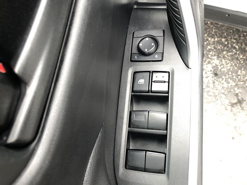 toyota RAV4 LE AWD 2020 - 12