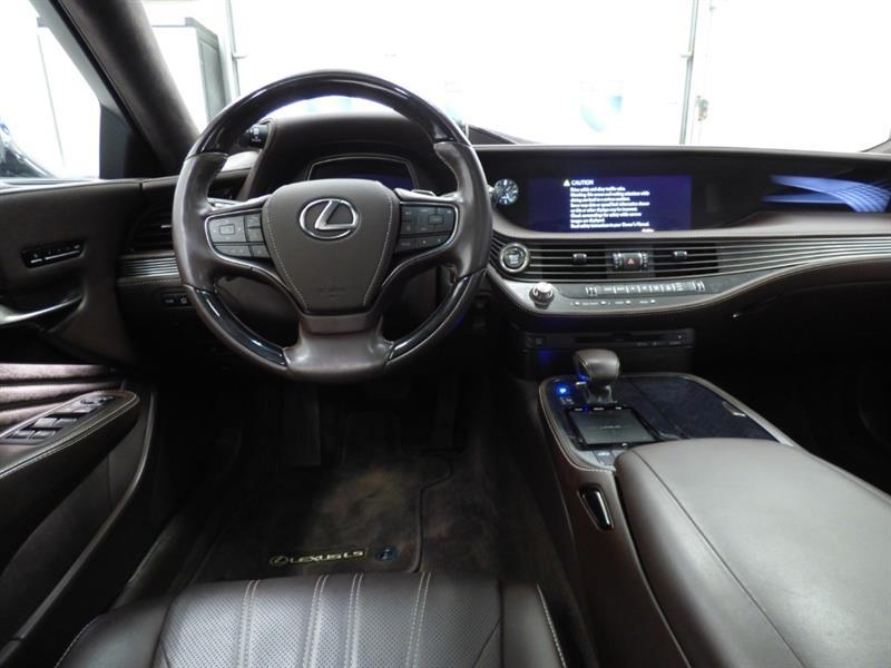 Lexus LS 9