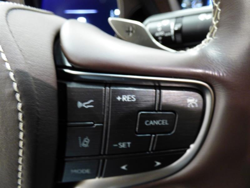 Lexus LS 22
