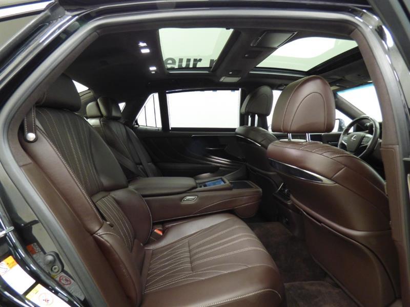 Lexus LS 33