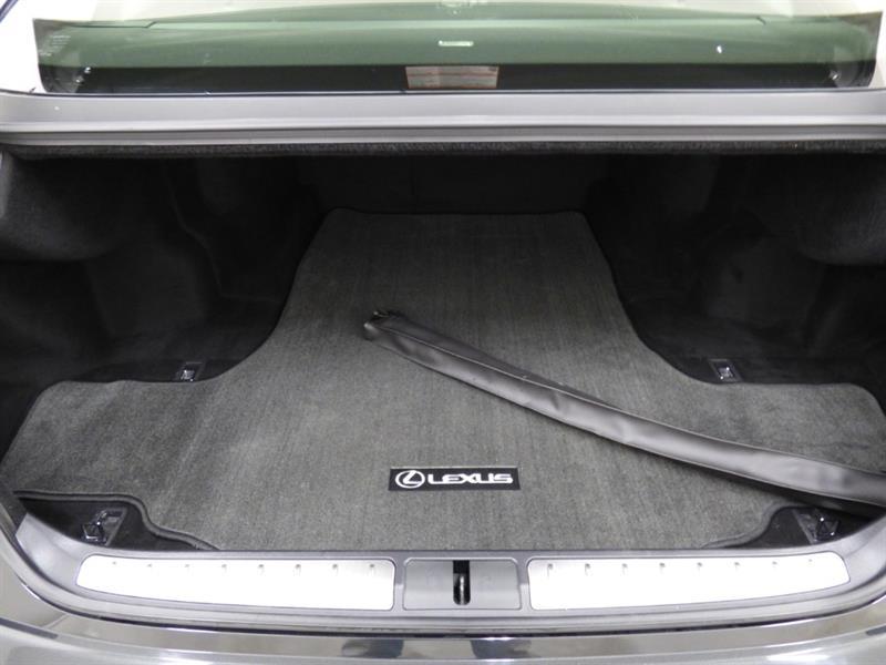 Lexus LS 36
